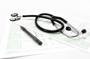 聴診器 健康診断の素材 [FYI00386853]