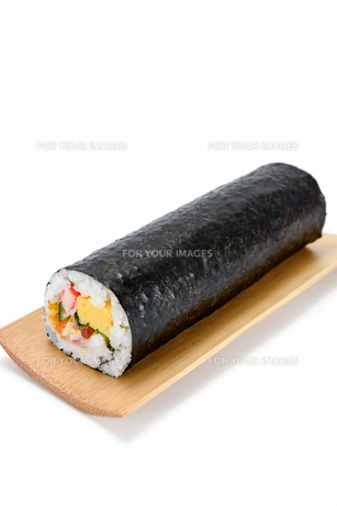 海鮮巻き寿司の素材 [FYI00386966]