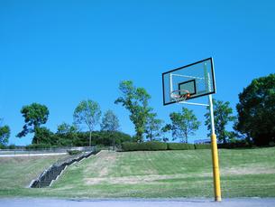 バスケットゴール/屋外の写真素材 [FYI00387267]
