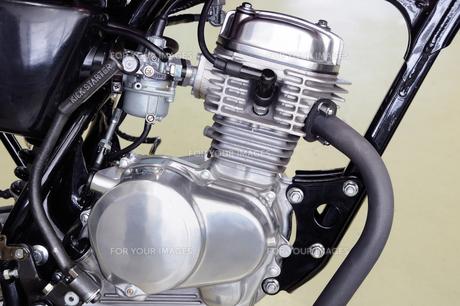 原付バイクのエンジンの写真素材 [FYI00387418]