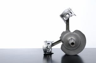 ピストンとクランクシャフトの写真素材 [FYI00387448]
