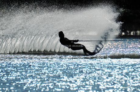 水上スキーの素材 [FYI00387569]