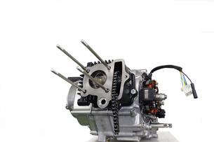 バイクのエンジン整備の素材 [FYI00388159]