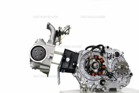 バイクのエンジン整備の素材 [FYI00388188]