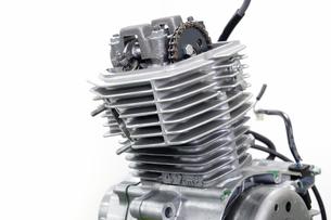 バイクエンジンの整備の写真素材 [FYI00388246]