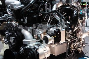 トラックのエンジンの写真素材 [FYI00388665]