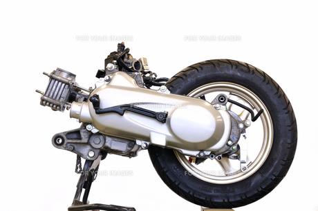 スクーターのエンジンの写真素材 [FYI00389337]