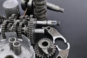 バイクのエンジン部品の写真素材 [FYI00389379]