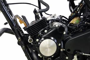 バイクエンジンの整備の写真素材 [FYI00389631]