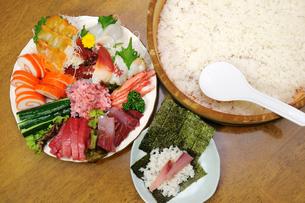 手巻き寿司の素材 [FYI00390368]