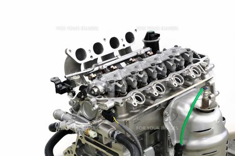 自動車エンジンの整備の素材 [FYI00390430]