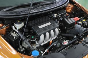 ハイブリッドエンジンの写真素材 [FYI00390504]