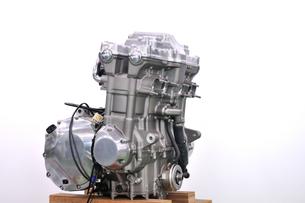 大型バイクのエンジンの写真素材 [FYI00390580]