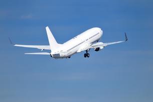 離陸した旅客機の素材 [FYI00390742]