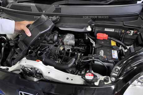 軽自動車エンジンの整備の素材 [FYI00391291]