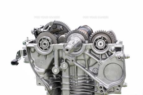 汎用エンジンの整備の写真素材 [FYI00391306]