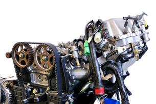 自動車エンジンの整備の写真素材 [FYI00391395]