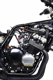 バイクの整備の写真素材 [FYI00391432]