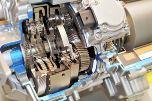 ハイブリッド車のトランスミッションの写真素材 [FYI00391561]