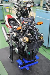 バイクの修理の写真素材 [FYI00391683]