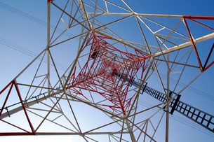 送電鉄塔の写真素材 [FYI00391944]