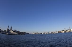 横須賀港の写真素材 [FYI00392085]