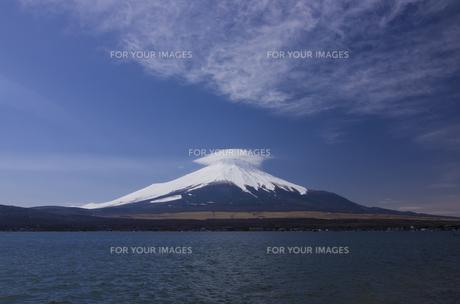 富士山と笠雲の素材 [FYI00392142]