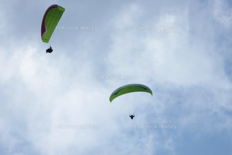 パラグライダーの写真素材 [FYI00392832]