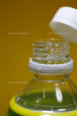 ペットボトルの口の写真素材 [FYI00394496]