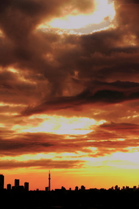 嵐のあとの静けさの写真素材 [FYI00394576]
