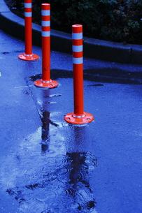 雨の日の進入禁止の写真素材 [FYI00394740]