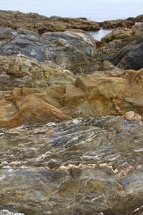 成分の異なる岩石層の写真素材 [FYI00395494]