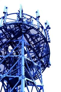 携帯電話のアンテナ塔の上部の写真素材 [FYI00395594]