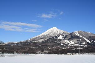 冬の磐梯山の写真素材 [FYI00396970]