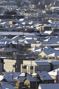 東京の積雪(住宅街)の写真素材 [FYI00396977]