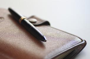 システム手帳とペンの写真素材 [FYI00399818]