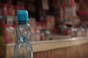ラムネ瓶の写真素材 [FYI00404172]