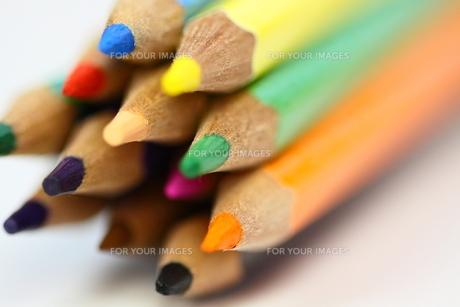 カラフル色鉛筆の先端部アップの素材 [FYI00404819]
