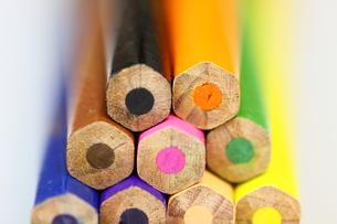 カラフル色鉛筆の端の素材 [FYI00404837]
