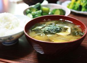 ご飯と味噌汁の写真素材 [FYI00404848]