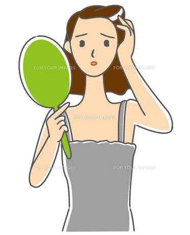 白髪を見つけた女性の素材 [FYI00405632]
