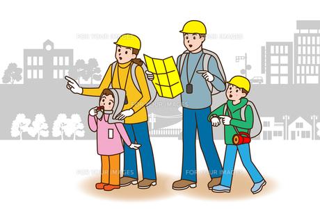 家族で避難訓練の写真素材 [FYI00405713]