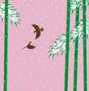 雪持ち竹と雀の写真素材 [FYI00405934]