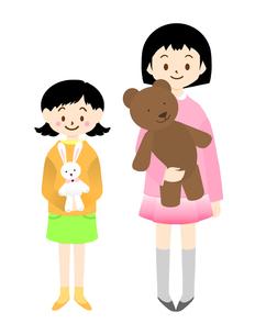 ぬいぐるみを持った姉妹(子供)の写真素材 [FYI00407093]