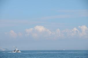 海と空と船の写真素材 [FYI00407137]