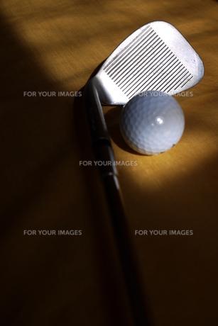 サンドウェッジとボール3の写真素材 [FYI00407508]