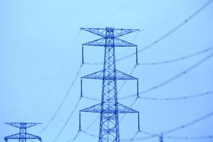 高圧線の鉄塔の素材 [FYI00408015]