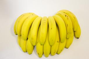 バナナの房の背面の写真素材 [FYI00410854]