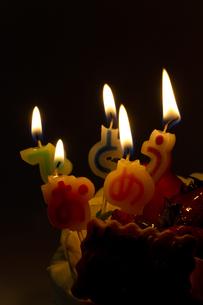 バースデーケーキの写真素材 [FYI00410901]
