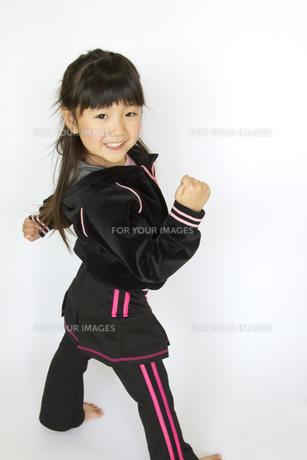 子供ポートレートの写真素材 [FYI00411171]